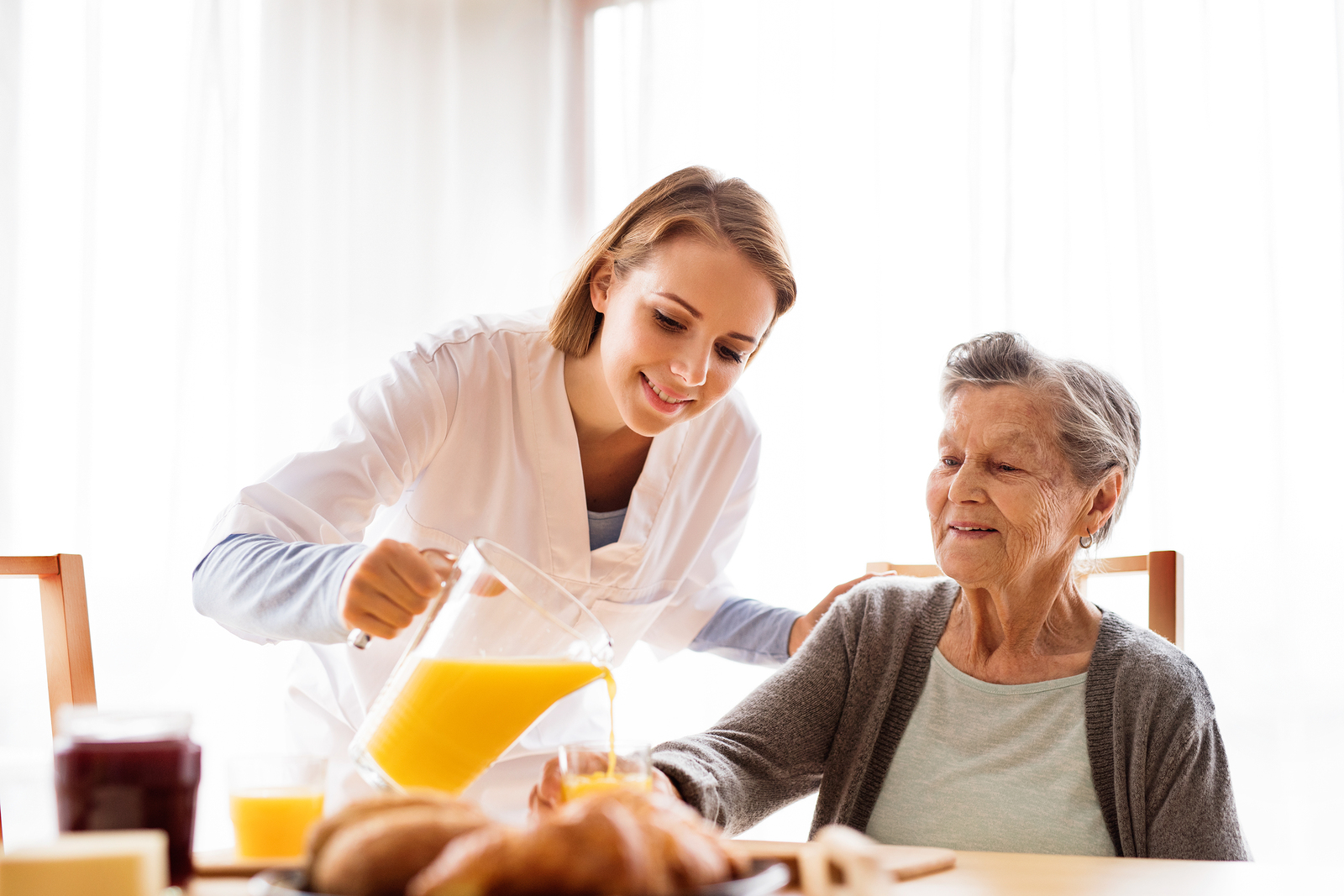 Elderly Care in Mt. Laurel NJ: When Does My Aging Parent Need Elderly Care Services?